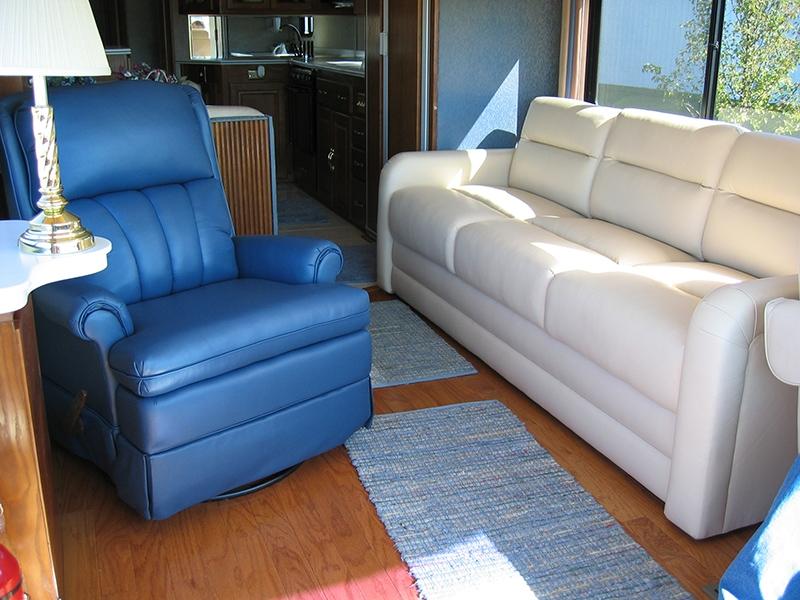 Navigator Sofa