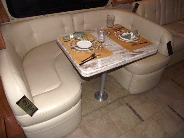Villa U Shaped Dinette